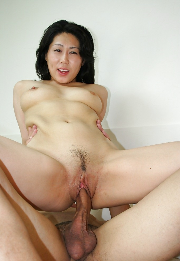 Mature Japanese Nude 100