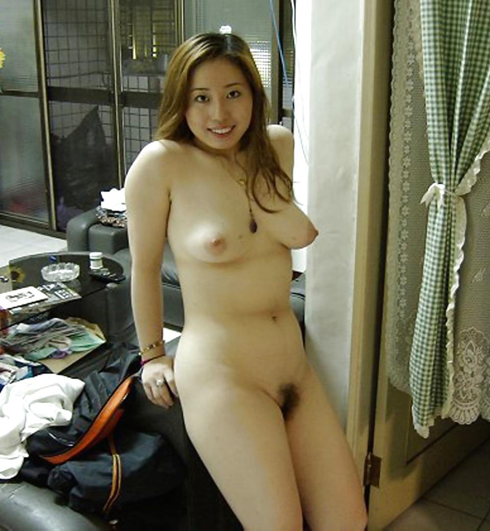 Amateur Sluts Pics 34